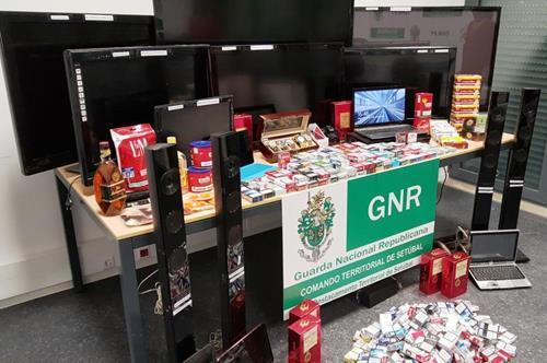 """GNR – Campanha """"Phone Off – A conduzir não uses o telemóvel"""""""