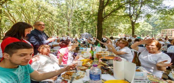 """Convívio de verão """"Santo Tirso ativo""""  juntou cerca de mil seniores"""