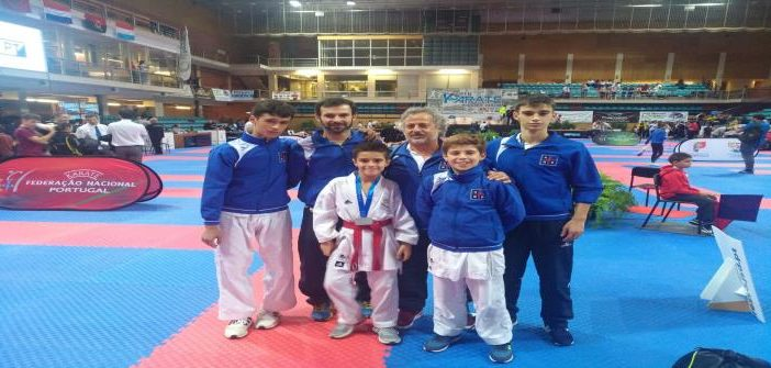 Karaté da AR Rebordões esteve presente no Open Internacional de Karate da Póvoa do Varzim.