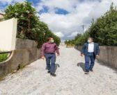 Menos nove ruas em terra em Vila das Aves